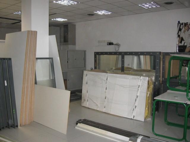 Spostamento con costruzione scuola - Smontaggio mobili ...