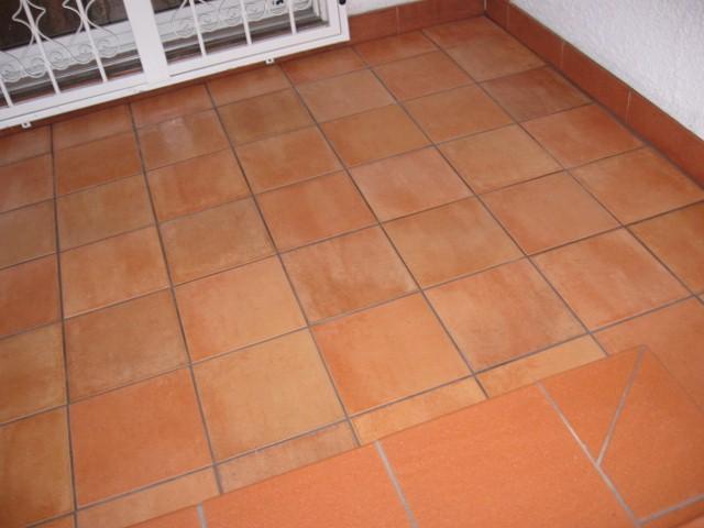 Rivestimento scalle e terrazzo in ceramica